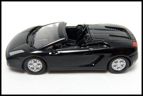 KYOSHO_Lamborghini2_Gallardo_Spyder_black_15