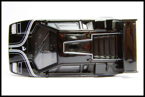 KYOSHO_Lamborghini_3_Countach_LP500R_GOLD2_6
