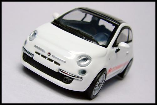 MINICHAMPS_64_Fiat_500_5