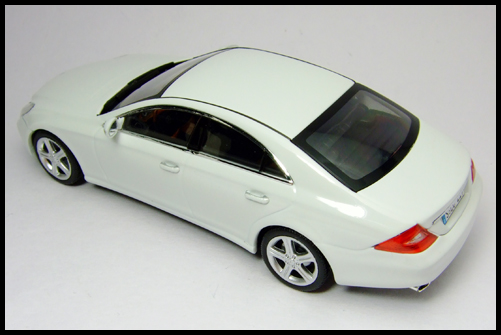 MINICHAMPS_Mercedes_Benz_CLS_Klass_Limited_Edition_2008_14