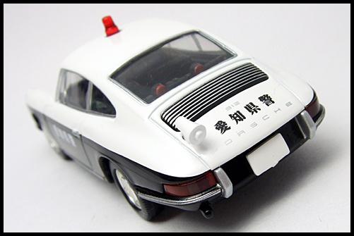 TOMICA_LIMITED_VINTAGE_Porsche_912_15