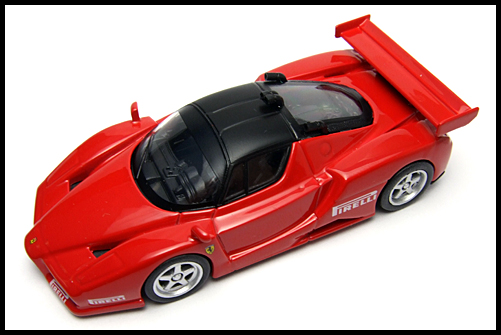 KYOSHO_FERRARI8_ENZO_GT_CONCEPT_RED_15