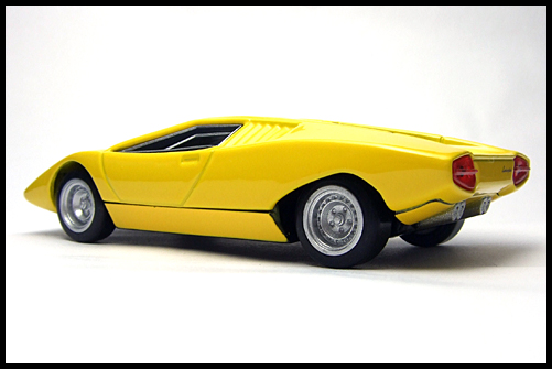 BOSS_Lamborghini_Minicar_Selection_Countach_LP500_13
