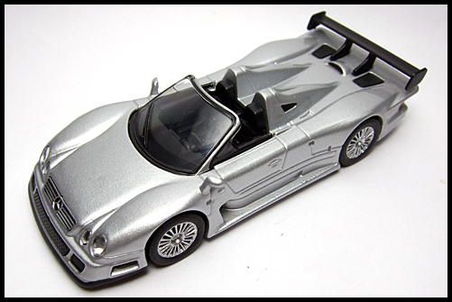 KYOSHO_AMG_Minicar_Collection_CLK_GTR_Roadster_Silver_16