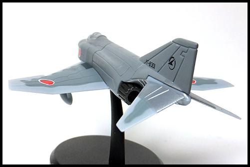 UCC_F-4EJ_18