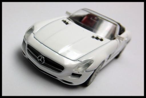 GEORGIA_Mercedes-Benz_SLS_AMG_Roadster_8