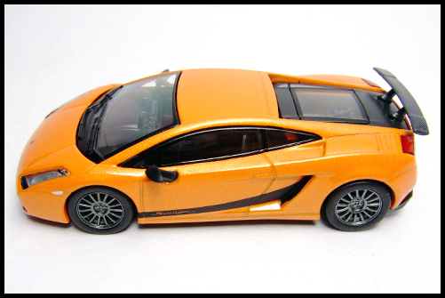 KYOSHO_Lamborghini_3_Gallardo_Superleggera_Orange_12