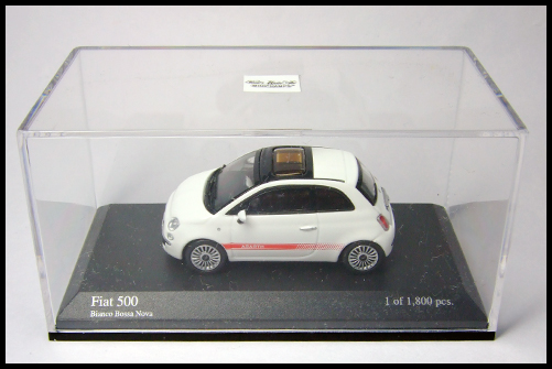 MINICHAMPS_64_Fiat_500_8