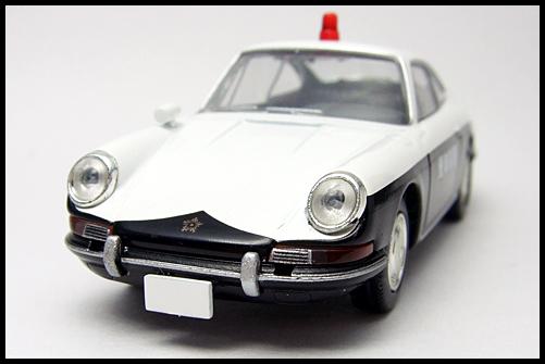 TOMICA_LIMITED_VINTAGE_Porsche_912_4