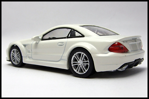 KYOSHO_AMG_Minicar_Collection_Mercedes_Benz_SL_65_Black_Series_13