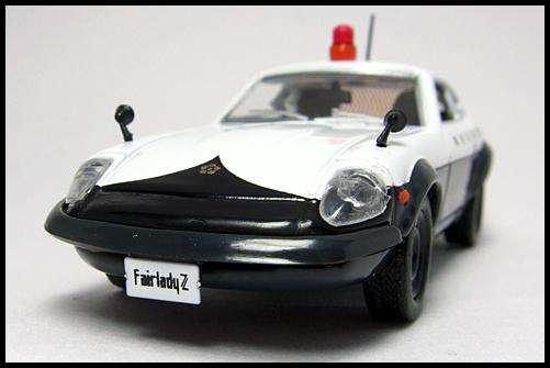 KYOSHO_POLICE_CAR_NISSAN_FAIRLADY_240ZG_4