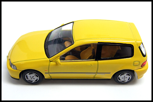 TOMICA_LIMITED_VINTAGE_NEO_Honda_CIVIC_SiR_2