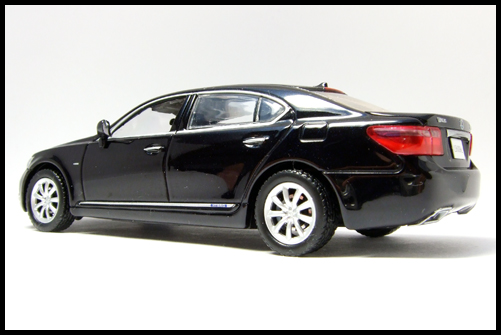KYOSHO_J-Collection_Lexus_LS600hL4