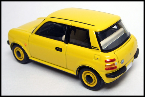 TOMICA_LIMITED_VINTAGE_NEO_NISSAN_Be-1_10