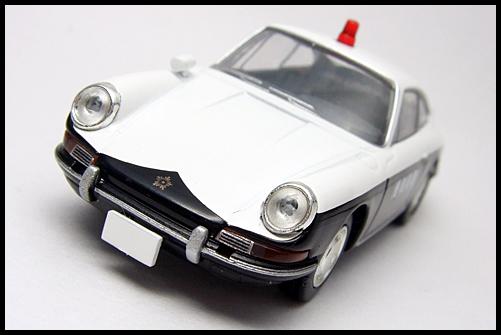 TOMICA_LIMITED_VINTAGE_Porsche_912_6