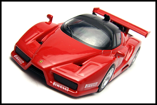 KYOSHO_FERRARI8_ENZO_GT_CONCEPT_RED_5