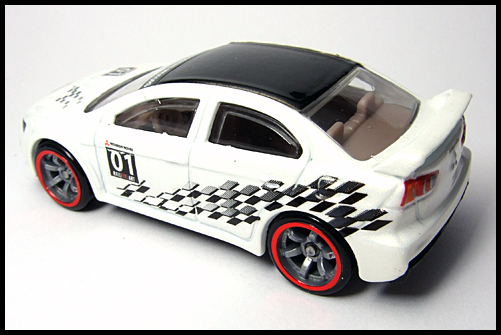 HotWheels_SPPED_MACHINES_MITSUBISHI_LANCER_EVOLUTION_10