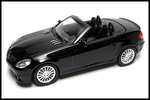 KYOSHO_AMG_Minicar_Collection_Mercedes_Benz_SLK_55_AMG_Black_16