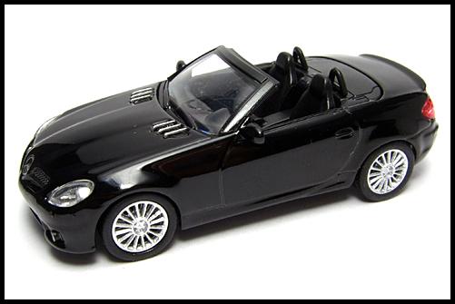 KYOSHO_AMG_Minicar_Collection_Mercedes_Benz_SLK_55_AMG_Black_16