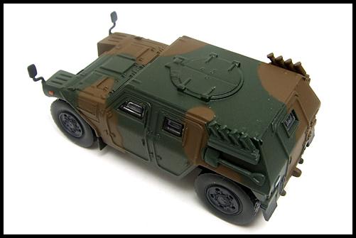 KYOSHO_MILITARY_Light_Armoured_Vehicle_1
