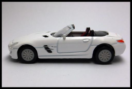 GEORGIA_Mercedes-Benz_SLS_AMG_Roadster_4