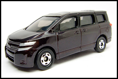 TOMICA_NISSAN_ELGRAND_16