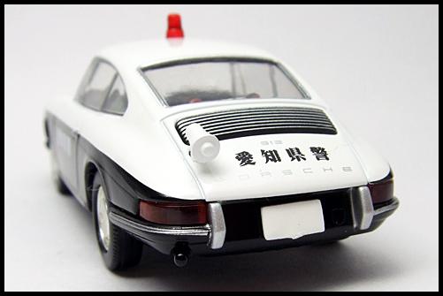 TOMICA_LIMITED_VINTAGE_Porsche_912_12