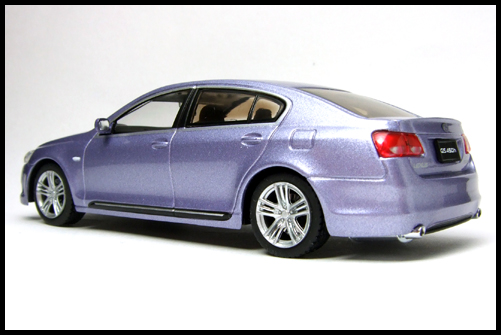 KYOSHO_J-Collection_LEXUS_GS_450H_BLUE_12