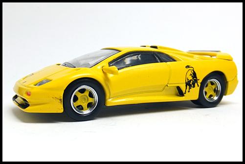 KYOSHO_Lamborghini4_Diablo_SV_Yellow_2