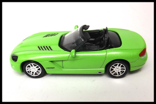 GREENLIGHT_DODGE_VIPER_13