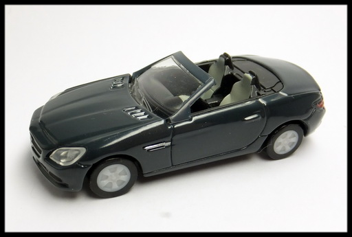 GEORGIA_Mercedes-Benz_SLK_3