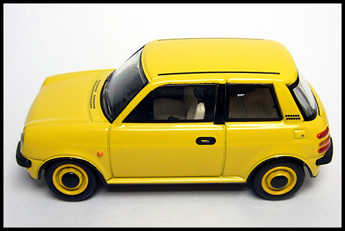 TOMICA_LIMITED_VINTAGE_NEO_NISSAN_Be-1_14