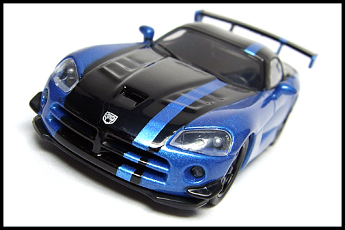 KYOSHO_USA_2_Dodge_Viper_SRT10_ACR_BLUE_4