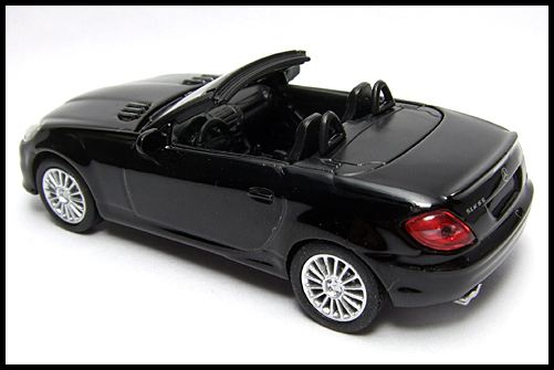 KYOSHO_AMG_Minicar_Collection_Mercedes_Benz_SLK_55_AMG_Black_13