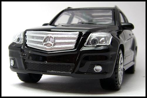 RASTAR_Mercedes_Benz_GLK_Class_5