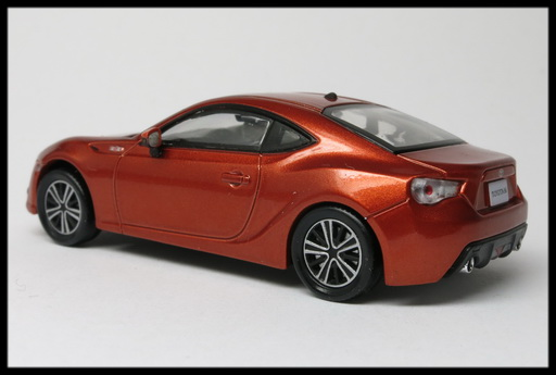 interallied_TOYOTA_86_GT_ORANGE_12