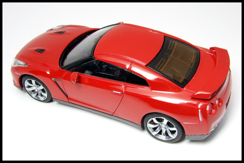 KYOSHO_NISSAN_GT-R_R35_RED19