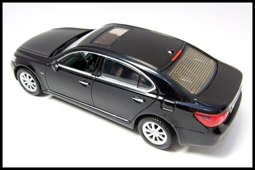 KYOSHO_J-Collection_Lexus_LS600hL27