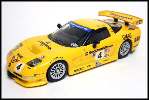 KYOSHO_USA_Sports_Minicarcollection_2_Chevrolet_Corvette_C5-R_16