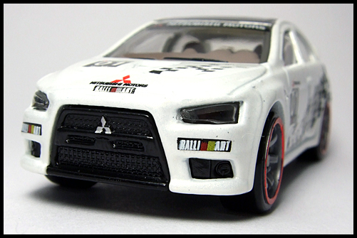 HotWheels_SPPED_MACHINES_MITSUBISHI_LANCER_EVOLUTION_3