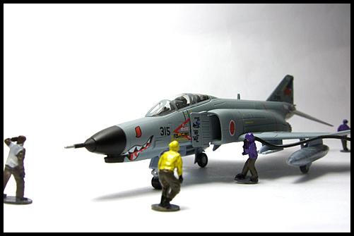 DOYUSHA_MONONOFUNO_MAMORI3_F-4EJ_PHANTOM_23