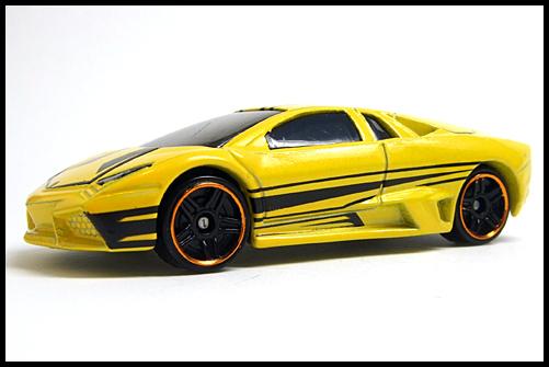 HotWheels_ALLSTARS12_Lamborghini_REVENTON_2