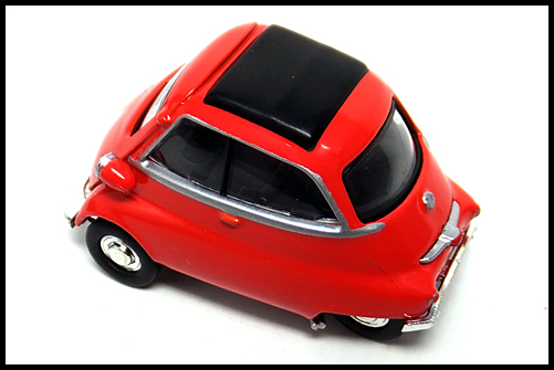 KYOSHO_BMW_MINI_Isetta_RED_9