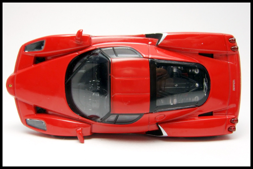 KYOSHO_FERRARI_7_ENZO_TEST_CAR8