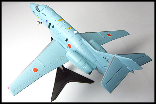 F-toys_JASDF3_U-125A_12