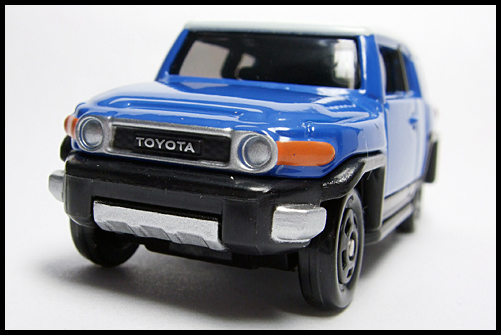 TOMICA_85_TOYOTA_FJ_CRUISER_FIRST_3