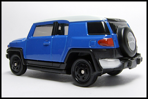 TOMICA_85_TOYOTA_FJ_CRUISER_FIRST_11