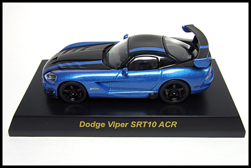 KYOSHO_USA_2_Dodge_Viper_SRT10_ACR_BLUE_1