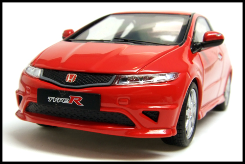 EBBRO_HONDA_CIVIC_TYPE_R_EURO_3