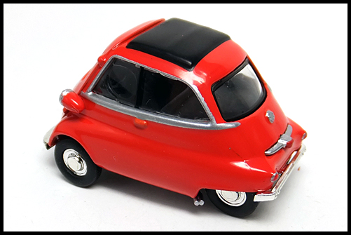 KYOSHO_BMW_MINI_Isetta_RED_12
